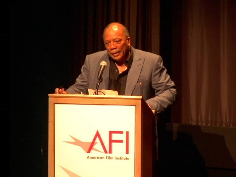 Quincy Jones presents IFER-sponsored scholarships during his keynote address at the American Film Institute.
